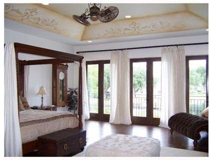 PASCH MASTER BEDROOM